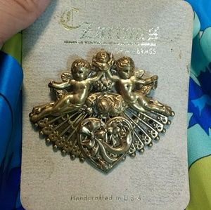 Jewelry - VINTAGE VICTORIAN SOLID BRASS HEART PIN BROACH